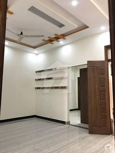 حمزہ ٹاؤن لاہور میں 2 کمروں کا 4 مرلہ مکان 50 لاکھ میں برائے فروخت۔