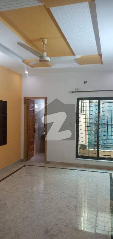ملٹری اکاؤنٹس سوسائٹی ۔ بلاک سی ملٹری اکاؤنٹس ہاؤسنگ سوسائٹی لاہور میں 5 کمروں کا 8 مرلہ مکان 1.7 کروڑ میں برائے فروخت۔