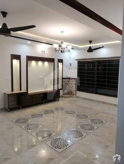 In Dha Defence Phase 1 House Sized 4500 Square Feet For Rent