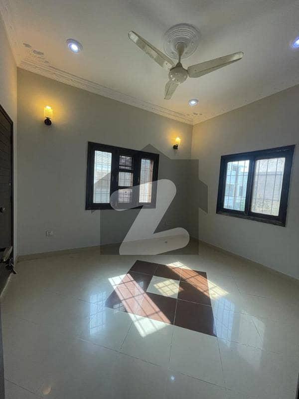 ڈی ایچ اے فیز 7 ایکسٹینشن ڈی ایچ اے ڈیفینس کراچی میں 3 کمروں کا 4 مرلہ مکان 90 ہزار میں کرایہ پر دستیاب ہے۔