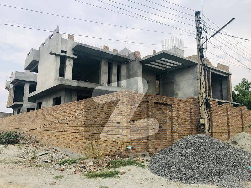 حیات آباد فیز 2 - جی2 حیات آباد فیز 2 حیات آباد پشاور میں 11 کمروں کا 2 کنال مکان 11.5 کروڑ میں برائے فروخت۔
