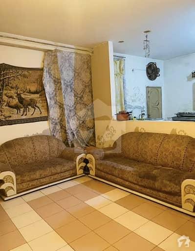 کینٹ سیالکوٹ میں 2 کمروں کا 5 مرلہ بالائی پورشن 19 ہزار میں کرایہ پر دستیاب ہے۔