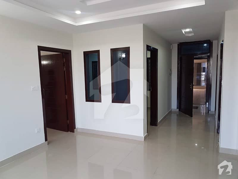 1300 Sqft 3 Bed New Flat Available For Sale