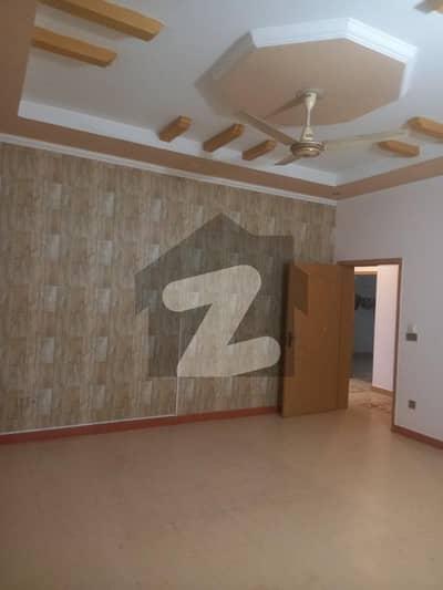 ای ایم ای سوسائٹی لاہور میں 3 کمروں کا 1 کنال بالائی پورشن 55 ہزار میں کرایہ پر دستیاب ہے۔