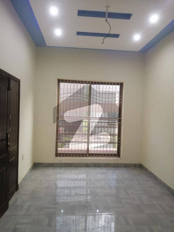 ایس اے گارڈنز فیز 2 ایس اے گارڈنز جی ٹی روڈ لاہور میں 3 کمروں کا 3 مرلہ مکان 60 لاکھ میں برائے فروخت۔