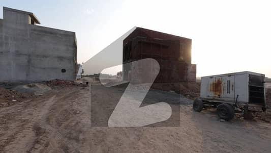 اقبال گارڈن لاہور - اسلام آباد موٹروے لاہور میں 5 مرلہ رہائشی پلاٹ 15 لاکھ میں برائے فروخت۔