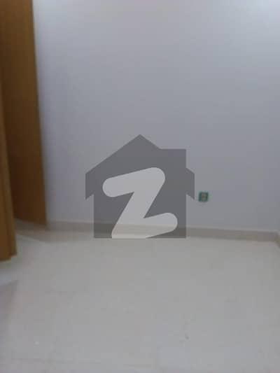 گلبرگ ریزیڈنشیا گلبرگ اسلام آباد میں 2 کمروں کا 7 مرلہ زیریں پورشن 35 ہزار میں کرایہ پر دستیاب ہے۔