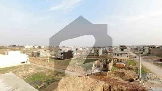 آئی ۔ 15/2 آئی ۔ 15 اسلام آباد میں 5 مرلہ رہائشی پلاٹ 70 لاکھ میں برائے فروخت۔