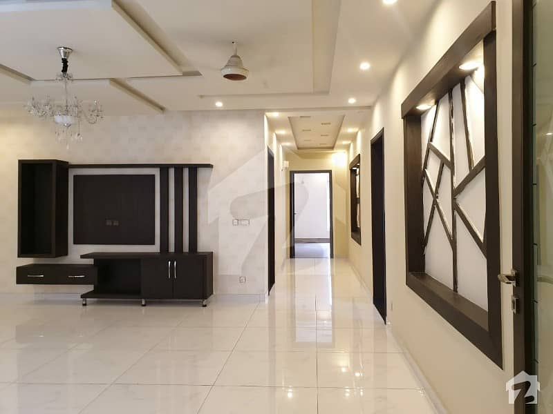 1   Kanal   Commercial   House   For   Rent   In   Mm Alam  Road   Gulberg  Lahore