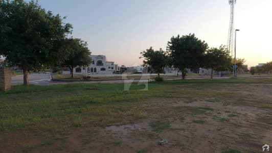 بحریہ ٹاؤن فیز 8 ۔ بلاک ای بحریہ ٹاؤن فیز 8 بحریہ ٹاؤن راولپنڈی راولپنڈی میں 13 مرلہ رہائشی پلاٹ 1.5 کروڑ میں برائے فروخت۔