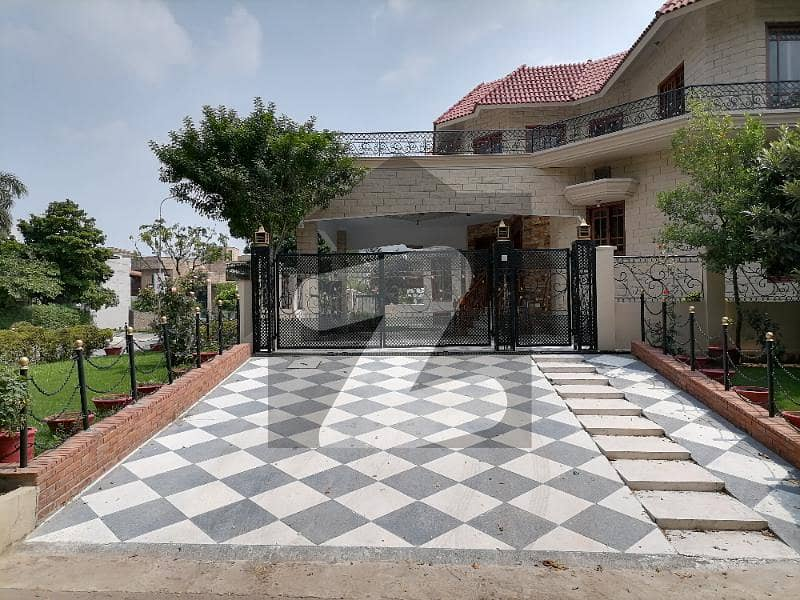 Corner 60x90 Triple Storey House Is Available For Sale In I 8