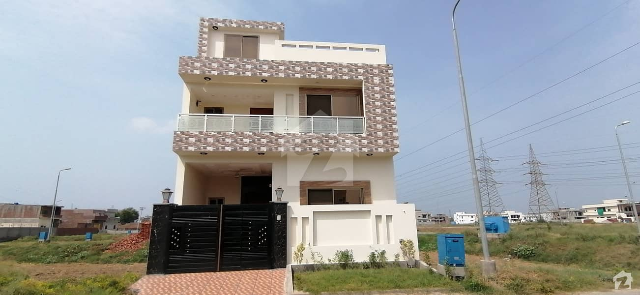Great House For Sale Available In Modern