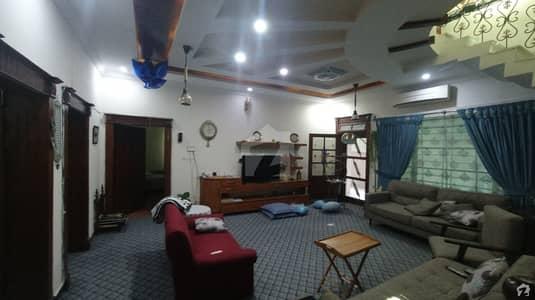 ڈی ایچ اے فیز 1 - سیکٹر ایف ڈی ایچ اے ڈیفینس فیز 1 ڈی ایچ اے ڈیفینس اسلام آباد میں 6 کمروں کا 1 کنال مکان 6 کروڑ میں برائے فروخت۔