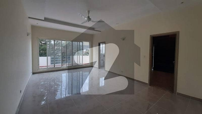 Livable House In A High Posh Area Of F-6 Islamabad