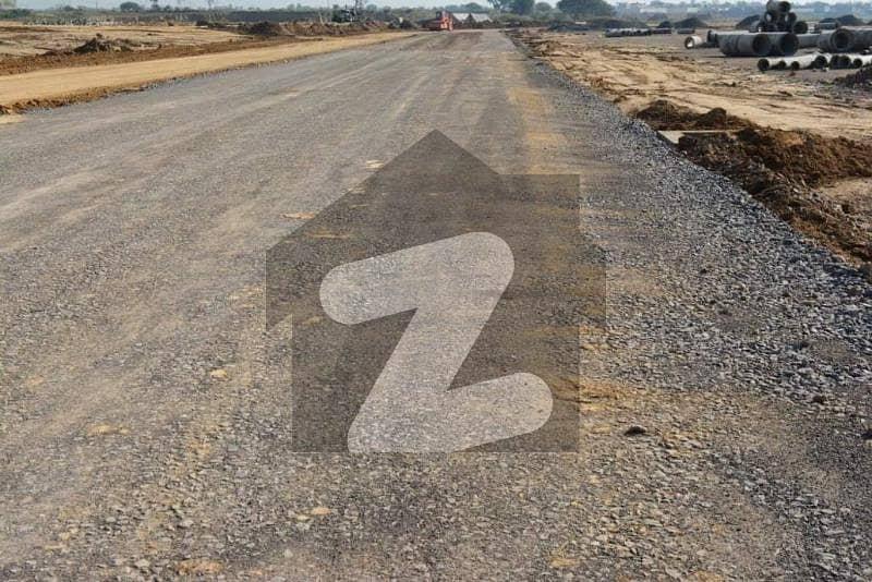 I-15/3 Front Back Open 25x50 Level Plot