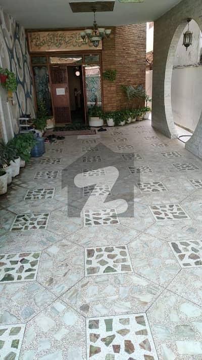 462 Sq Yards Ground 1 House