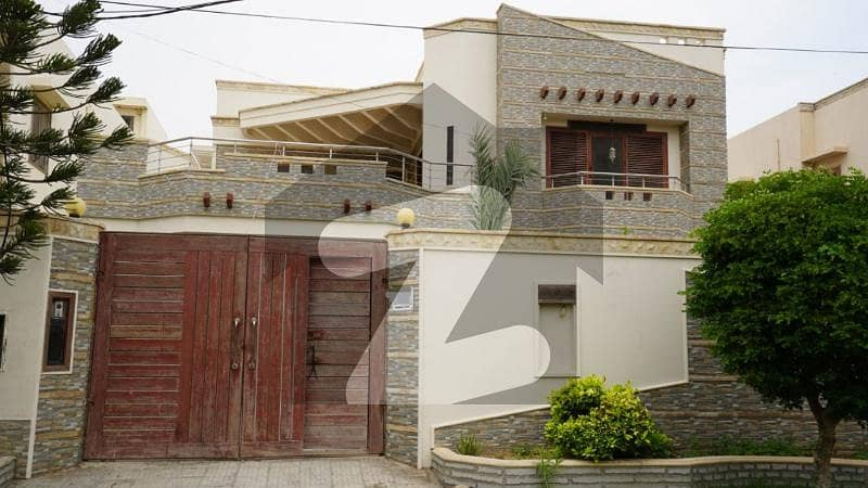 Fully Renovated 666 Yards House For Sale In Phase 6
