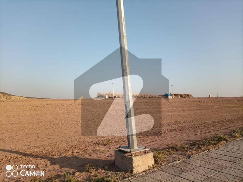 بحریہ ٹاؤن فیز 8 - بحریہ آرچرڈ بحریہ ٹاؤن فیز 8 بحریہ ٹاؤن راولپنڈی راولپنڈی میں 5 مرلہ رہائشی پلاٹ 30.5 لاکھ میں برائے فروخت۔