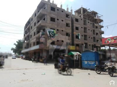 1400 sq feet Flat for sale Available at Latifabad no 5 Sapna palaza Opposite Arif Builders Office Hyderabad