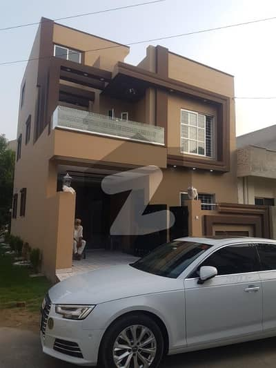 5.33 Marla Top Located Owner Built Villa For Sale In Canal Garden Near Bahria Town Lahore
