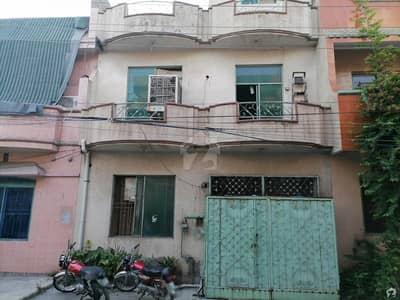 سبزہ زار سکیم لاہور میں 4 کمروں کا 5 مرلہ مکان 45 ہزار میں کرایہ پر دستیاب ہے۔