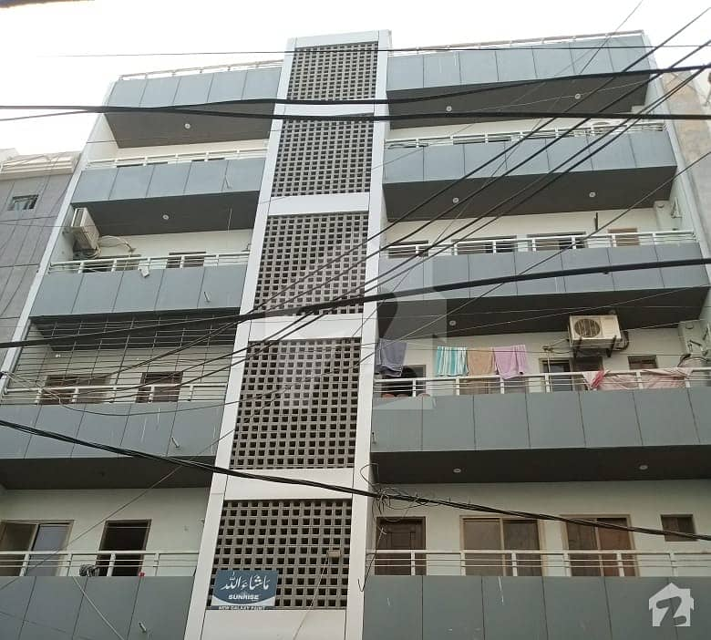 بدر کمرشل ایریا ڈی ایچ اے فیز 5 ڈی ایچ اے کراچی میں 2 کمروں کا 4 مرلہ فلیٹ 35 ہزار میں کرایہ پر دستیاب ہے۔