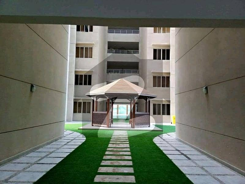 Luxury Apartment Available For Rent 5 B eds