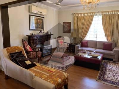 ڈی ایچ اے ڈیفینس فیز 1 ڈی ایچ اے ڈیفینس اسلام آباد میں 4 کمروں کا 1 کنال مکان 5 کروڑ میں برائے فروخت۔