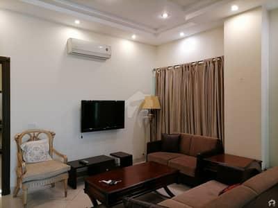 شاہ جمال لاہور میں 2 کمروں کا 5 مرلہ فلیٹ 2.25 کروڑ میں برائے فروخت۔