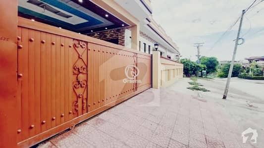 1 Kanal Brand New House For Rent