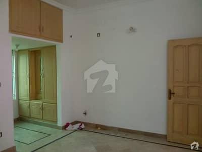 گلریز ہاؤسنگ سکیم راولپنڈی میں 4 کمروں کا 10 مرلہ مکان 1.8 کروڑ میں برائے فروخت۔