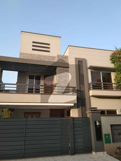 10 Marla Fully House Available For Rent In Bahria Town