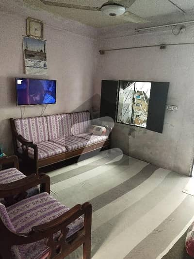 Ground 1 , 40 Sq Yards House For Sale