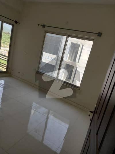 ای ۔ 11/2 ای ۔ 11 اسلام آباد میں 2 کمروں کا 3 مرلہ فلیٹ 53 لاکھ میں برائے فروخت۔
