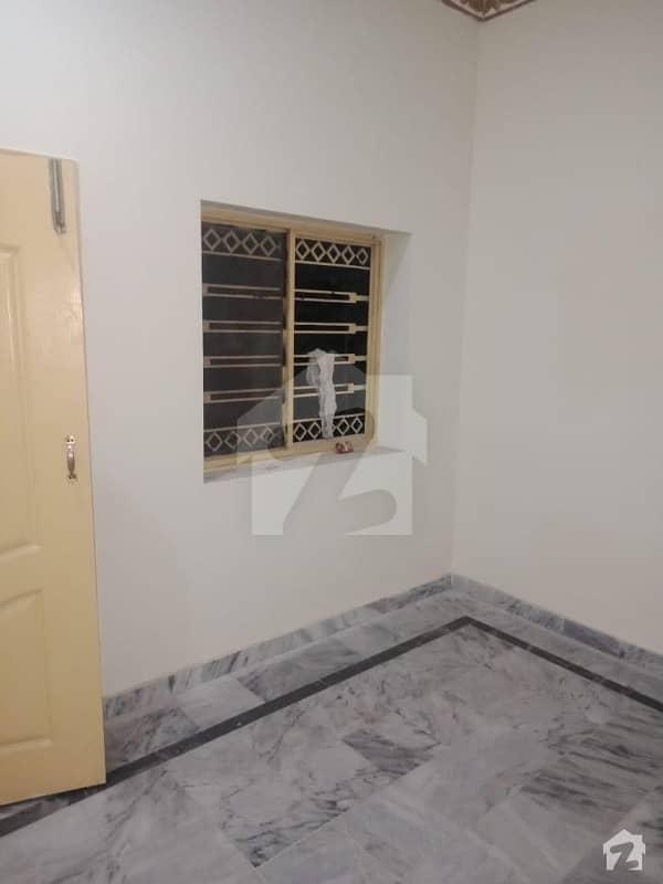 کہکشاں کالونی اڈیالہ روڈ راولپنڈی میں 6 کمروں کا 4 مرلہ مکان 42 لاکھ میں برائے فروخت۔