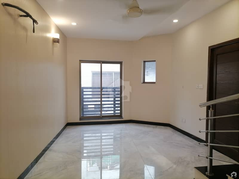 Brand New Triple Storey House Ittehad Colony Near Jahanzeb Block Allama Iqbal Town Security 24 Hrs Available On Installment Possession After Final Payment