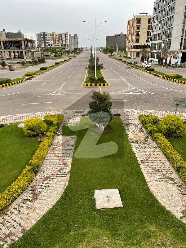 Gulberg Greens Civic Center Prime Location Develop Plot Available On Very Reasonable Price