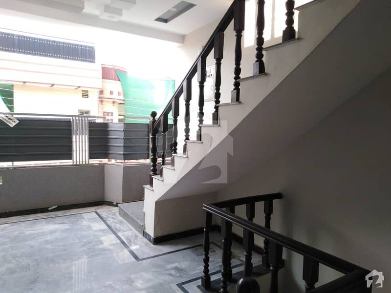 Rs 21,500,000 House Available In Ring Road