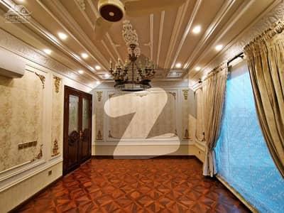 ڈی ایچ اے فیز 3 ڈیفنس (ڈی ایچ اے) لاہور میں 3 کمروں کا 1 کنال بالائی پورشن 50 ہزار میں کرایہ پر دستیاب ہے۔