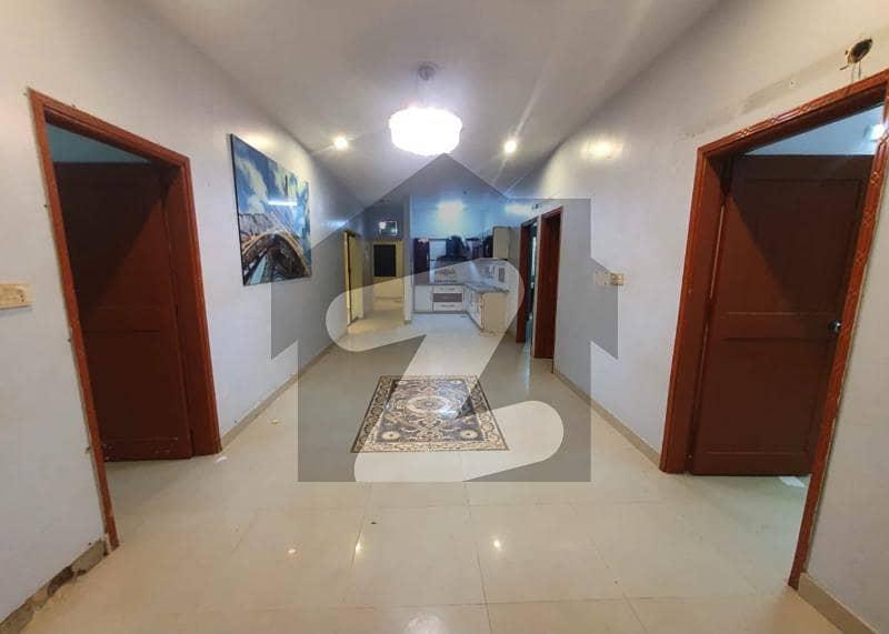 شانزیل گالف ریزڈینسیا جناح ایونیو کراچی میں 3 کمروں کا 8 مرلہ فلیٹ 1.5 کروڑ میں برائے فروخت۔