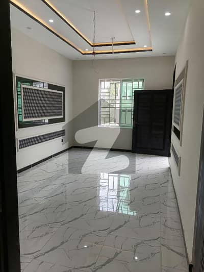 10 Marla Brand New First Floor Portion Available For Rent