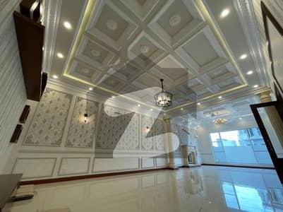 ڈی ایچ اے فیز 6 ڈیفنس (ڈی ایچ اے) لاہور میں 3 کمروں کا 1 کنال بالائی پورشن 63 ہزار میں کرایہ پر دستیاب ہے۔