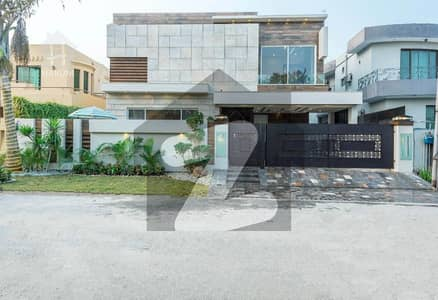 Most Beautiful 1 Kanal Stylish Villa Came For Sale In Phase 6