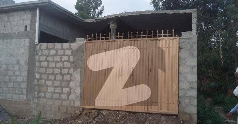 دہانگڑی چوک مانسہرہ میں 3 کمروں کا 6 مرلہ مکان 38 لاکھ میں برائے فروخت۔