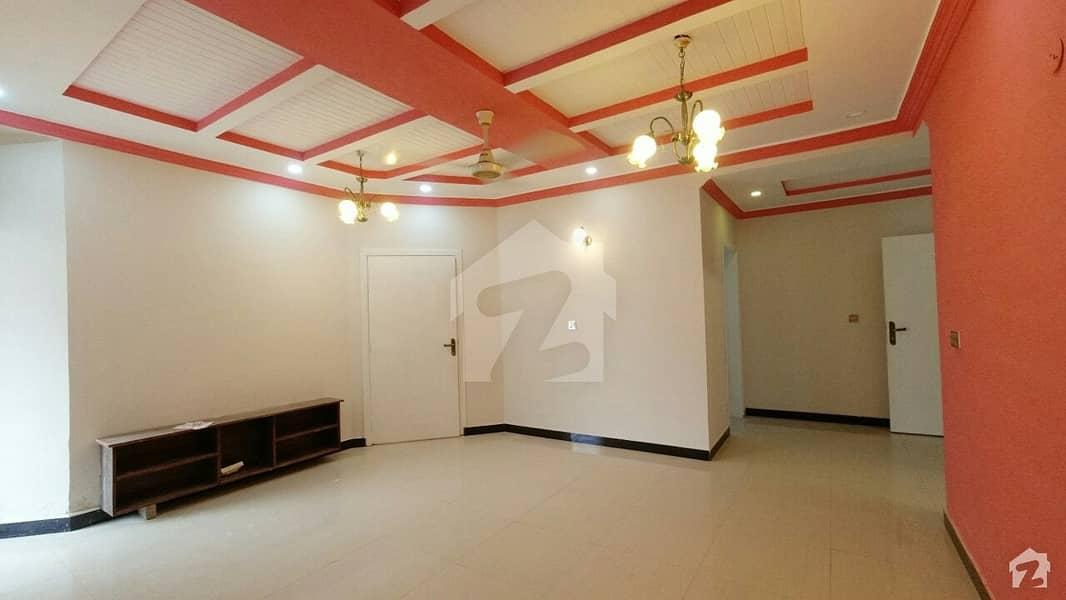 جی ۔ 11/3 جی ۔ 11 اسلام آباد میں 3 کمروں کا 5 مرلہ فلیٹ 1 کروڑ میں برائے فروخت۔