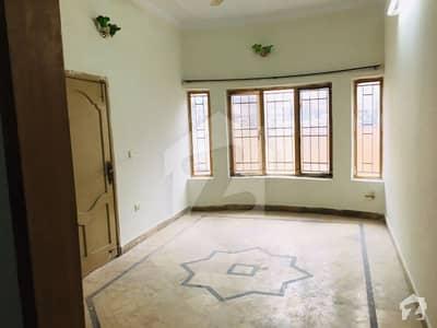 کہکشاں کالونی اڈیالہ روڈ راولپنڈی میں 4 کمروں کا 5 مرلہ مکان 29 ہزار میں کرایہ پر دستیاب ہے۔