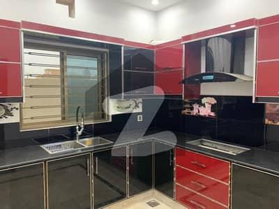 ایل ڈی اے ایوینیو ۔ بلاک جی ایل ڈی اے ایوینیو لاہور میں 5 کمروں کا 10 مرلہ مکان 2.25 کروڑ میں برائے فروخت۔