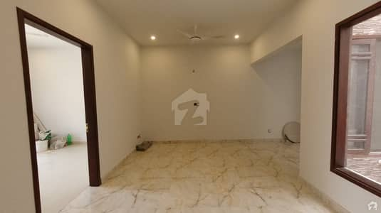 House For Grabs In 100 Square Yards Karachi