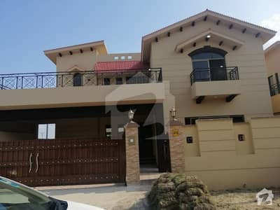 Pair 17 Marla Each Brand New House Total 34 Marla Urgently For Sale