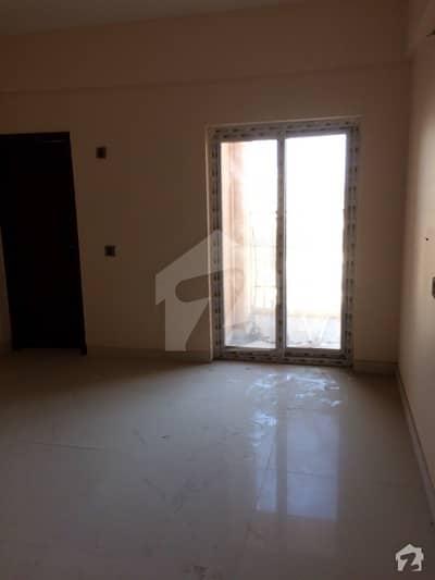 کلفٹن ۔ بلاک 8 کلفٹن کراچی میں 2 کمروں کا 5 مرلہ فلیٹ 1.9 کروڑ میں برائے فروخت۔
